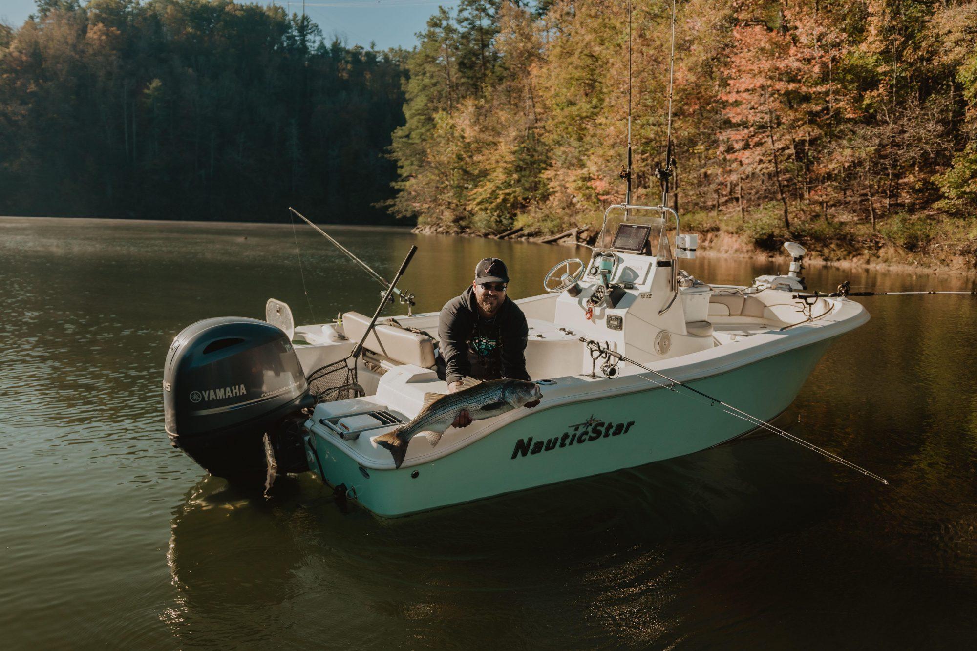 Captain-Len-Slay-carters-lake-fishing
